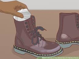 how to dry boots with newspaper